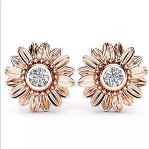 Jewelry - 💎 stunning Rose Gold Flower Sunflower Earrings